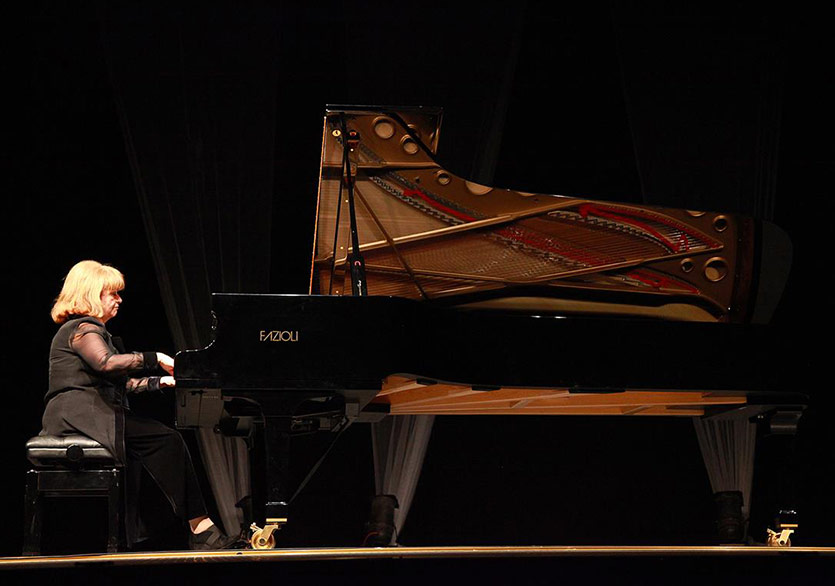 İdil Biret ve İlke Işı Tuncer, AIMA Festival Orkestrası ile Sahnede
