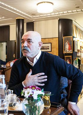 Ercan Kesal: Bütün Yolculuğumun Sebebi Şiir