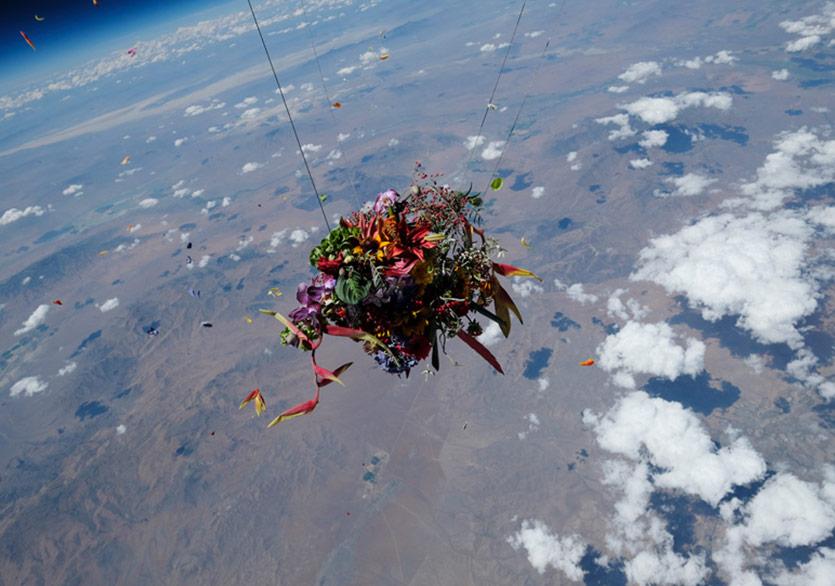Uzaya Fırlatılan Bir Buket
