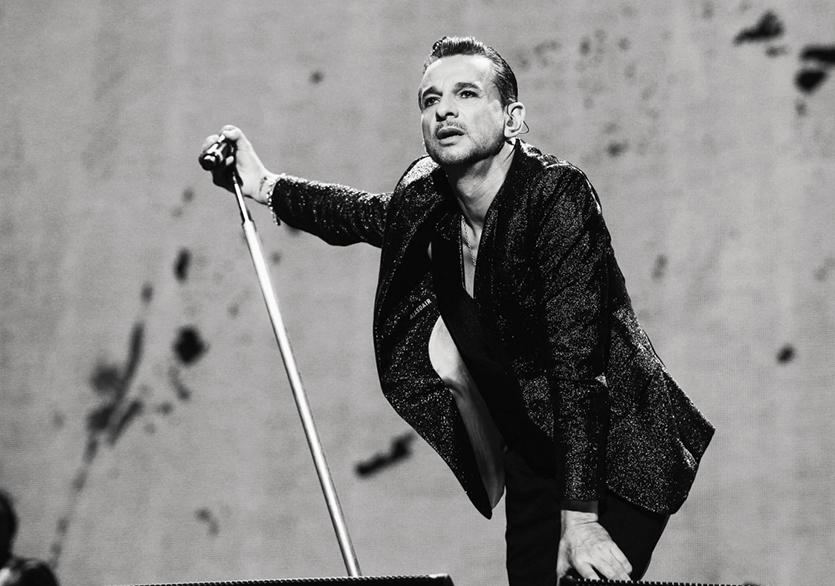 Los Angeles Sokaklarında Bir Astronot: Depeche Mode