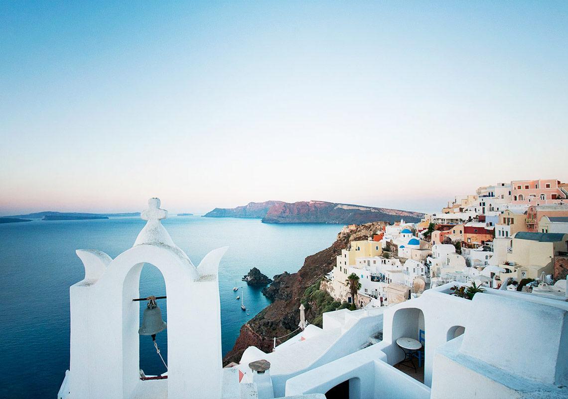 Az Turistik, Çok Yerel Seyahat Kitabı