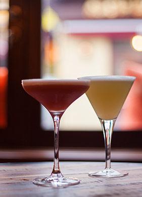 Şehrin Yeni Kokteyl Barı ve Fazlası: Alexandra