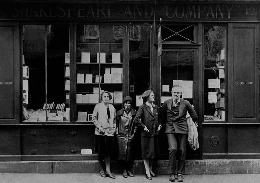Shakespeare and Company Ünlü Müşterilerinin Okuma Alışkanlıklarını Ortaya Çıkartıyor