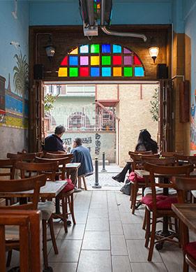 """Haydarpaşa Garı'ndan Uzakta """"Gar'da Cafe"""""""