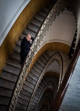 """Ferzan Özpetek: """"Napoli'nin Hep Sakladığı Bir Şey Var Gibi"""""""