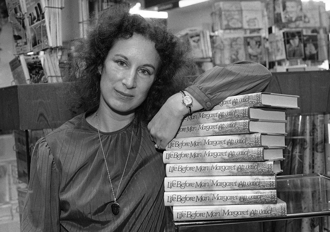 Margaret Atwood'un İlk Romanı: Evlenilecek Kadın