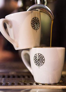 Ama Önce Kahve!
