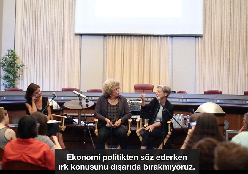 """Deniz Gül'ün """"Çeviri"""" ve """"#Words"""" Projeleri Çevrim İçi İncelemeye Açıldı"""