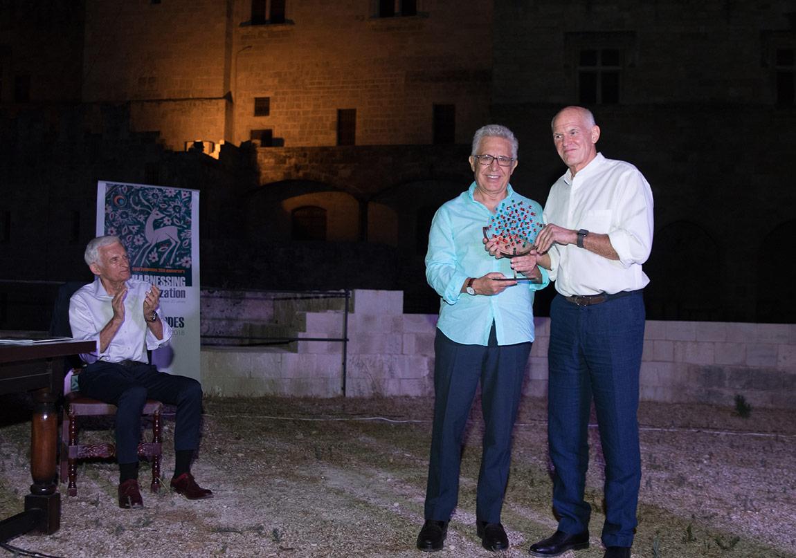 Zülfü Livaneli'ye Yunanistan'dan Barış Ödülü