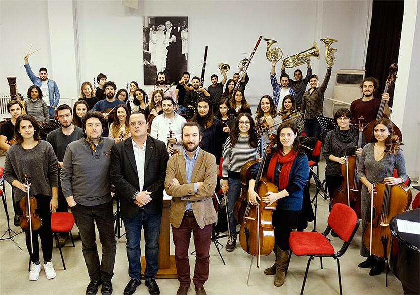 """""""İstanbul Konçertant"""" İlk Konserini Verdi"""