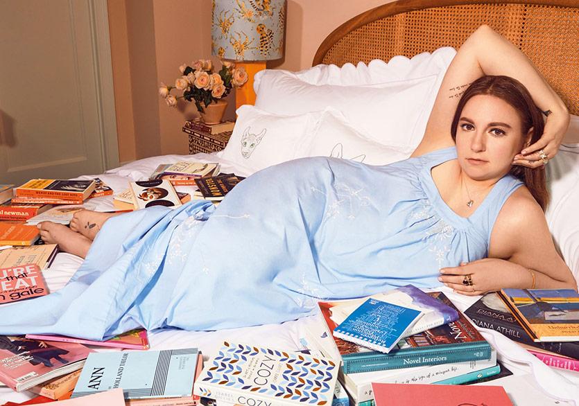 """Lena Dunham """"Catherine, Called Birdy"""" İle Karşımızda Çıkmaya Hazırlanıyor"""