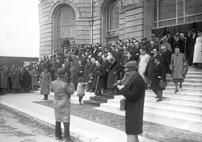 19 Mayıs'a Özel Söyleşi: Arşivlerde Atatürk