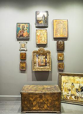 Bilge Alkor'un Sanatı ve Koleksiyonları ile Bir Müze Ev