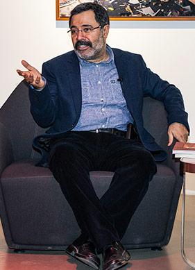 """""""Beyoğlu'nun Güzel Ahmet Abisi"""" ile Söyleşi -I-"""