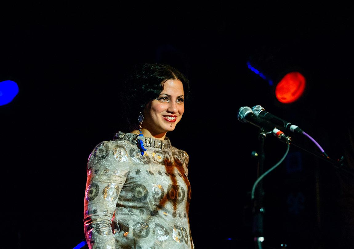 Mathlouthi'den Özgürlük ve Barış Şarkıları