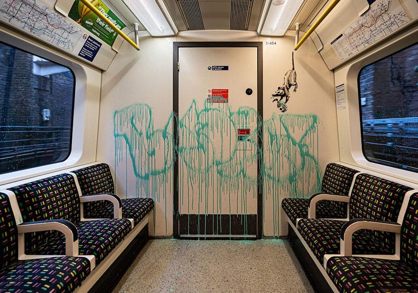 Banksy'den Londra Metrosunda Yeni Duvar Resmi