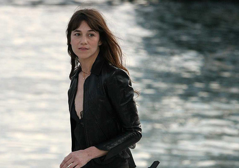 Charlotte Gainsbourg'un İkinci Şarkısı Video Kliple Geldi