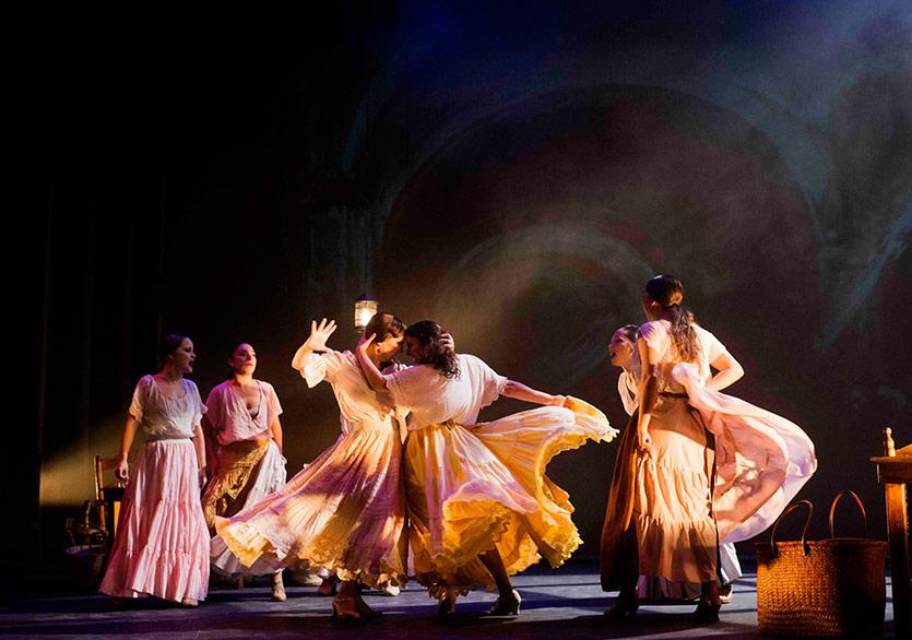 Carmen Flamenko Yorumuyla 33. Uluslararası İzmir Festivali'nde