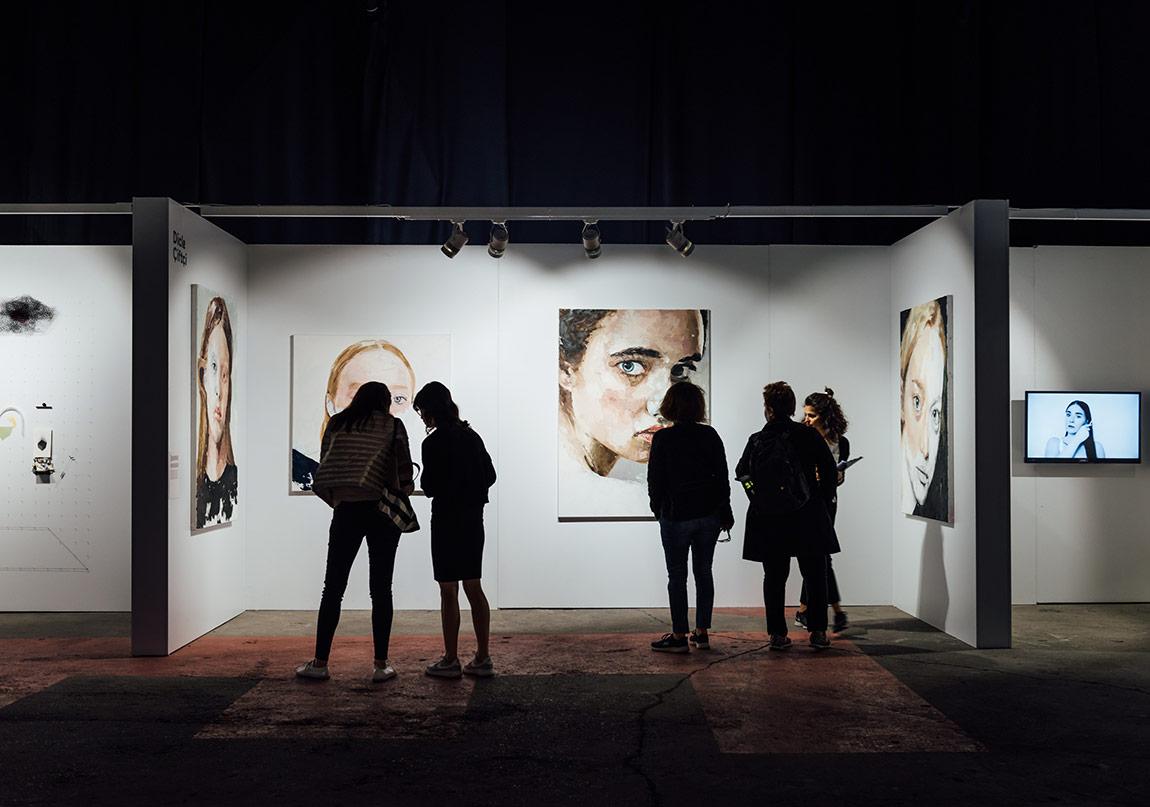 Mamut Art Project Performans Sanatını Fuar Alanına Taşıyor