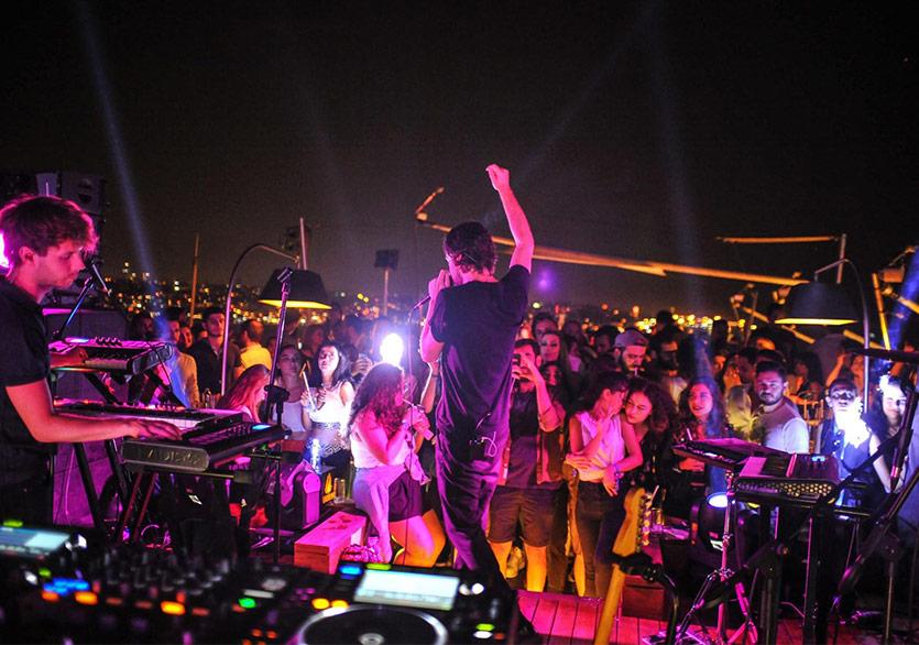 İstanbul Rooftop Festival 12 Farklı Terasta Müzikseverleri Ağırlıyor