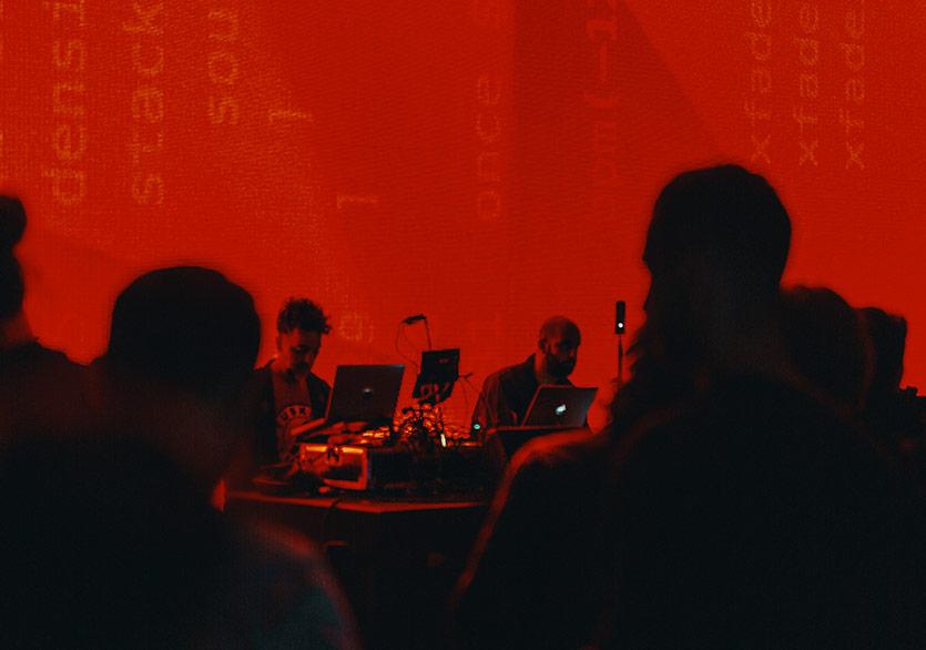 "Akbank Sanat'tan Yeni Sergi ""Distopya Ses Sanatı"""