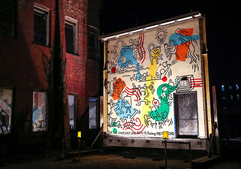Keith Haring'e ait Boys Club Mural 12 Yıl Sonra İzleyiciyle Buluştu