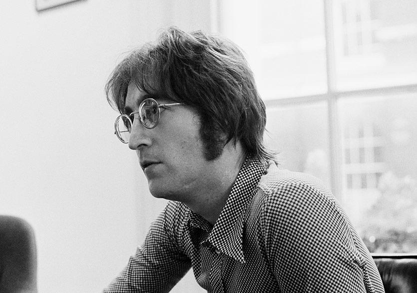Bugün John Lennon'ın Doğum Günü