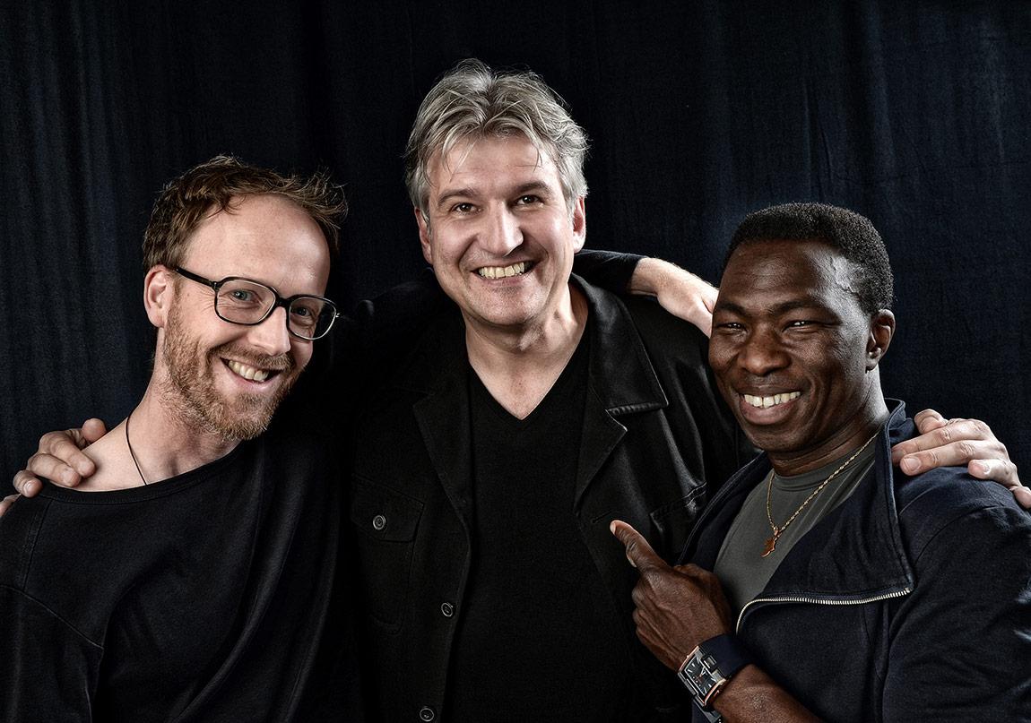 Trio Ivoire 8 Mart'ta Sahnede!