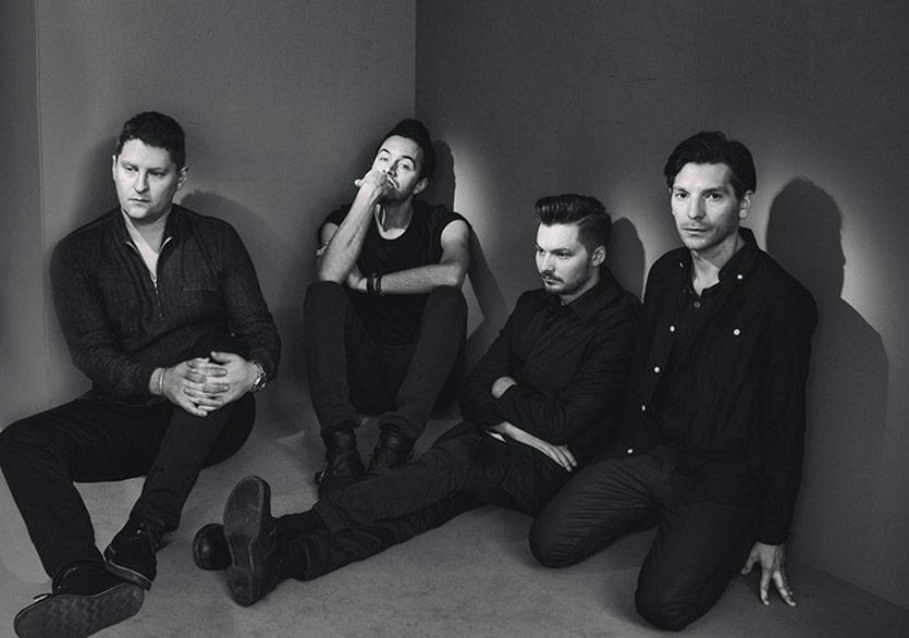 Editors'ın Yeni Albümünden İlk Şarkı: Magazine!