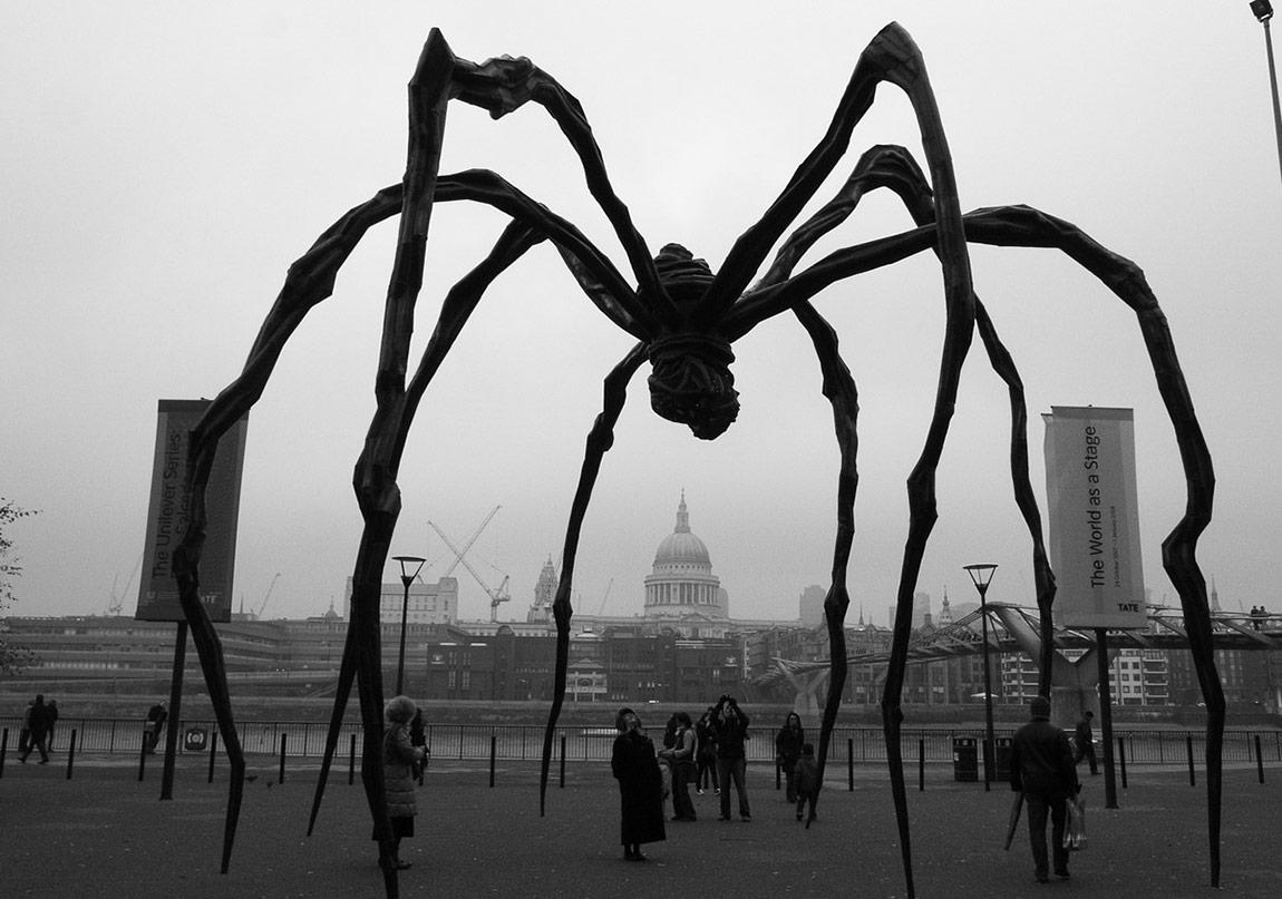 Yeni Kötü Günler: Sanat, Eleştiri, Acil Durum
