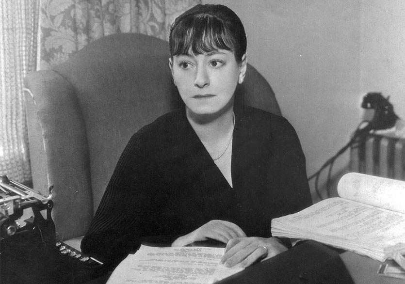 Dorothy Parker'dan Oyun Bozan Öyküler: Çıplakları Giydir