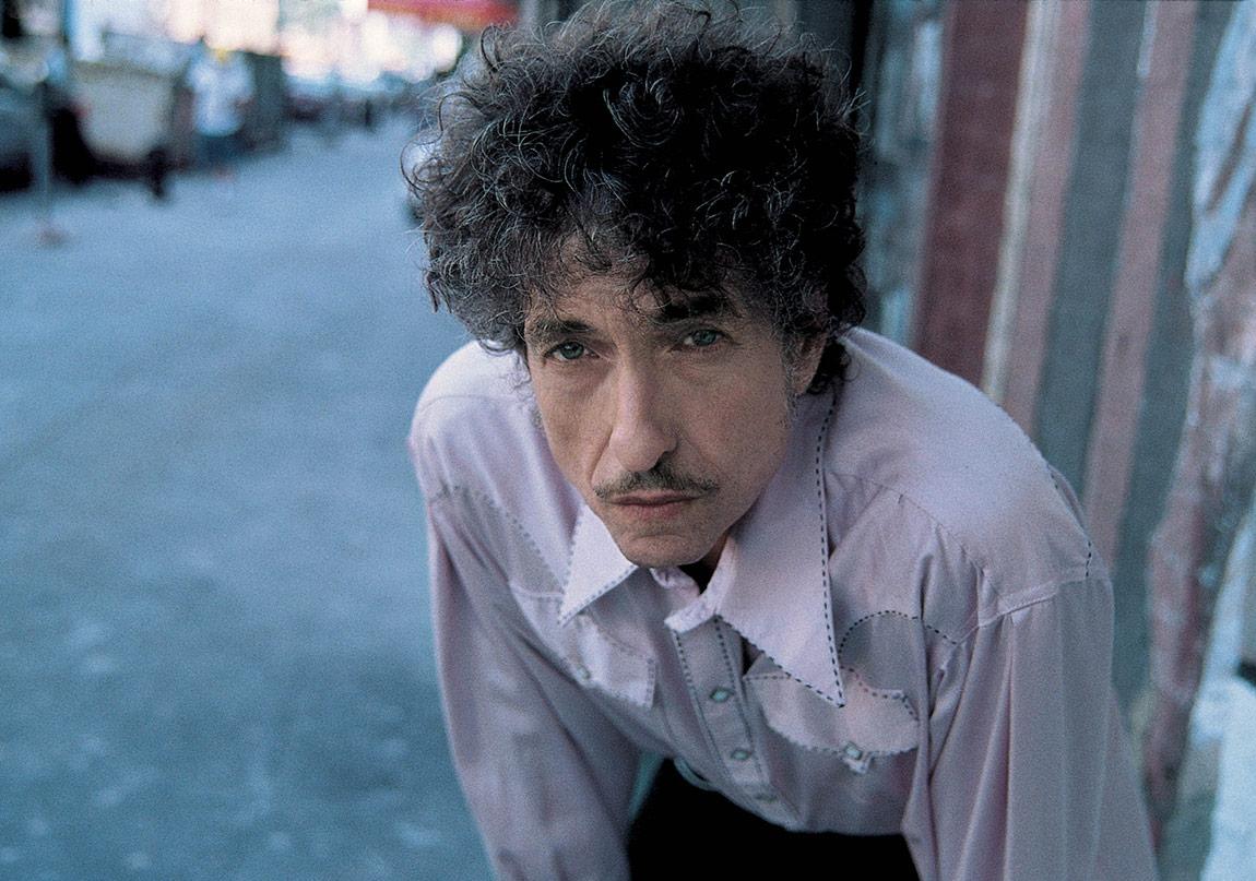 Bob Dylan'ın Nobel Edebiyat Ödülünü Alacağı Kesinleşti