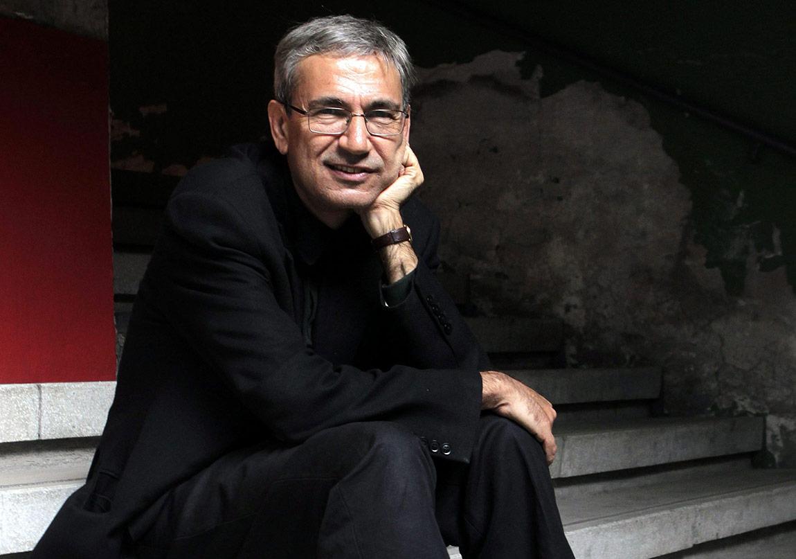 Orhan Pamuk'a Rusya'dan Şeref Doktorası