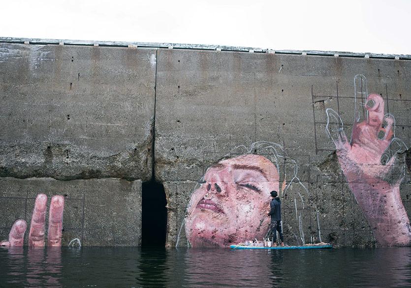 Gelgitin Ardındaki Mural