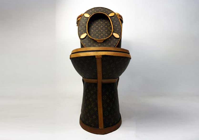 Louis Vuitton'ın Altın Tuvaleti