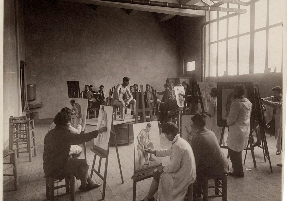 İstanbul'daki Sanayi-i Nefise Mektebi'nin resim atölyesi, takribî 1927SALT Araştırma, Sabiha Rüştü Bozcalı Arşivi