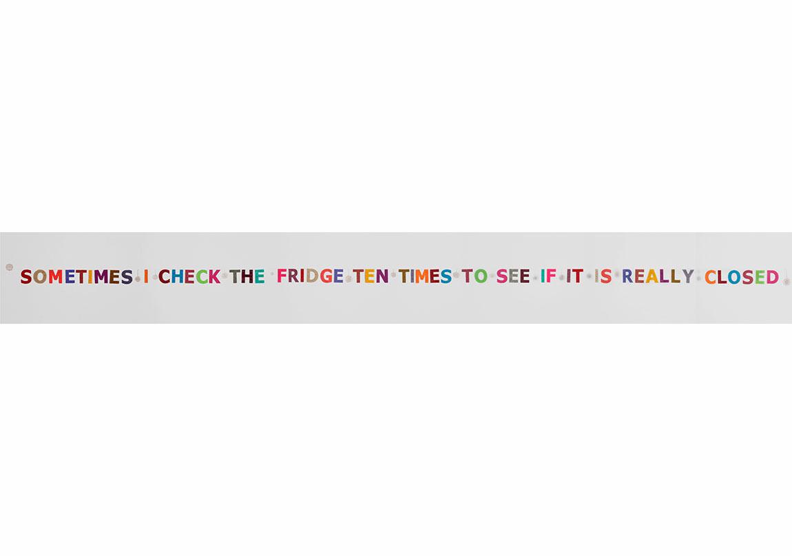 Servet Koçyiğit -Bazen / Sometimes, 2005,(İngilizce ve Türkçe versiyon / English and Turkish version),El yapımı tığ işi, yerleştirme / Handmade chrochet, installation 11 x 590 cm,Sanatçının ve Rampa'nın izniyle / Courtesy the Artist and Rampa