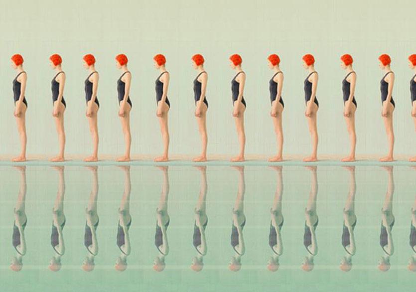 Maria Svarbova - Yüzme Havuzunda