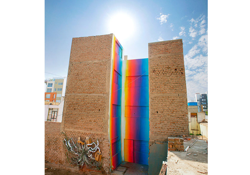 Peru'daki Muraller Gün Işığına Boyanıyor