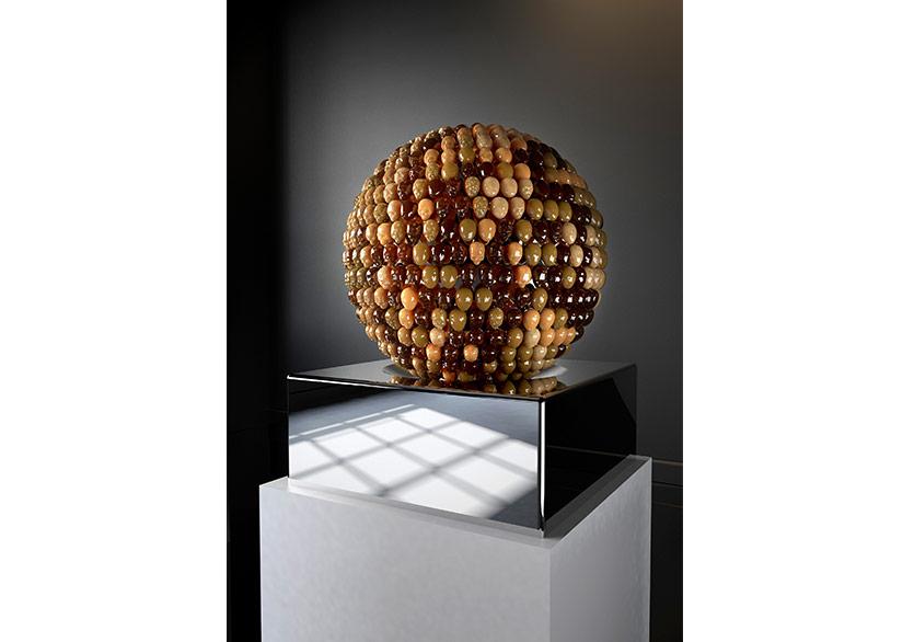 Oksana MasGO OFF, 2018Natural amber, wood, metal, gilt 24 caratDiameter: 50 cmHeight: 70 cm