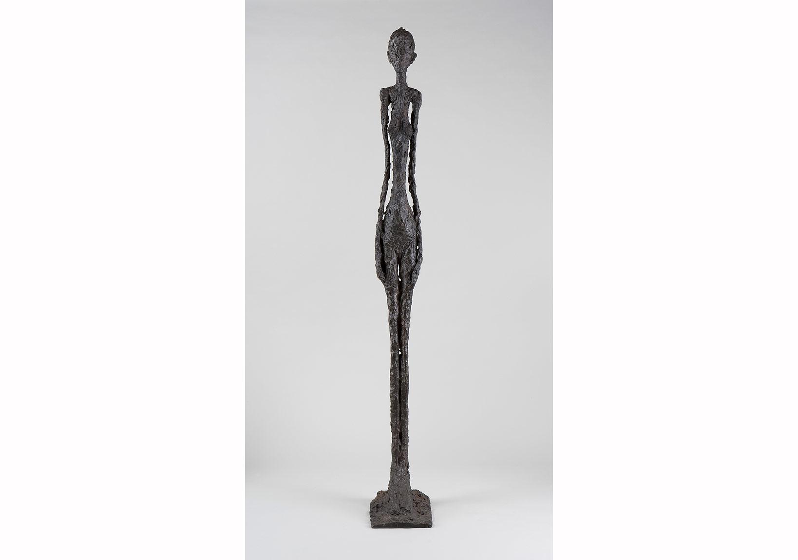 Alberto Giacometti,Büyük Kadın I, 1960-Tall Woman I, 1960Bronz / Bronze, 272 x 34,9 x 54 cm Giacometti Vakfı Koleksiyonu, Paris, env. 1994-0173 / Giacometti Foundation Collection, Paris, inv. 1994-0173 © Estate Giacometti (Fondation Giacometti + ADAGP) Paris, 2015