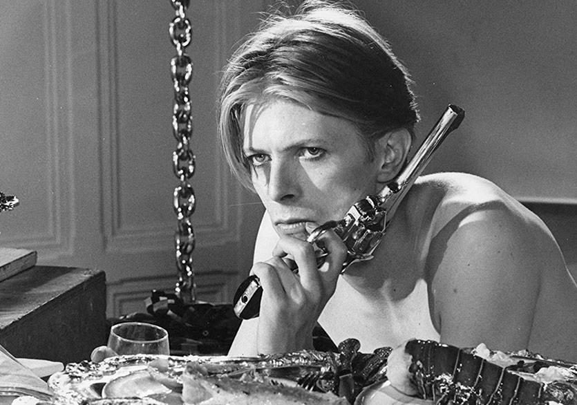 David Bowie'nin İkonik Filmi Dizi Oluyor