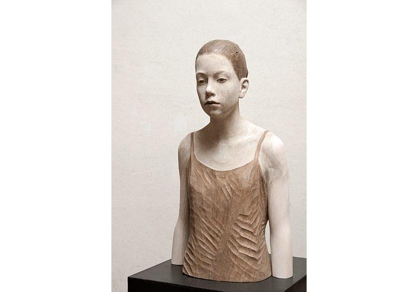 Bruno WalpothBusto Noce, 2018linden68 × 39 × 29 cmCourtesy C.A.M Galeri
