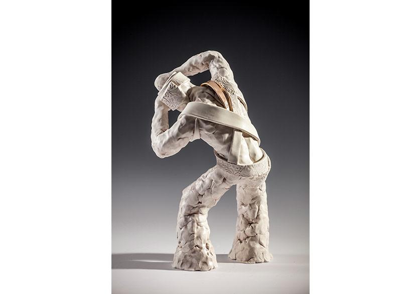 Tuba Önder DemirelKaçış, 2018Artistik şekillendirme, 1150'C. Mid porselen18 × 18 × 29 cm