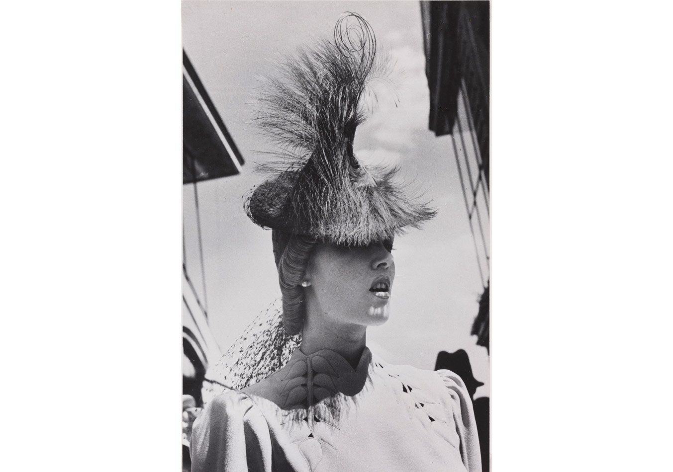 Regina Relang (1895-1989), Longchamp'taki yarışta, 1936 © Münchner Stadtmuseum, Sammlung Fotografie, Archiv Relang