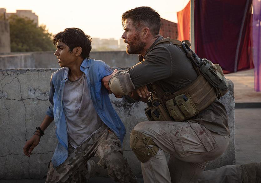 Netflix Extraction'ın Resmi Fragmanını Paylaştı