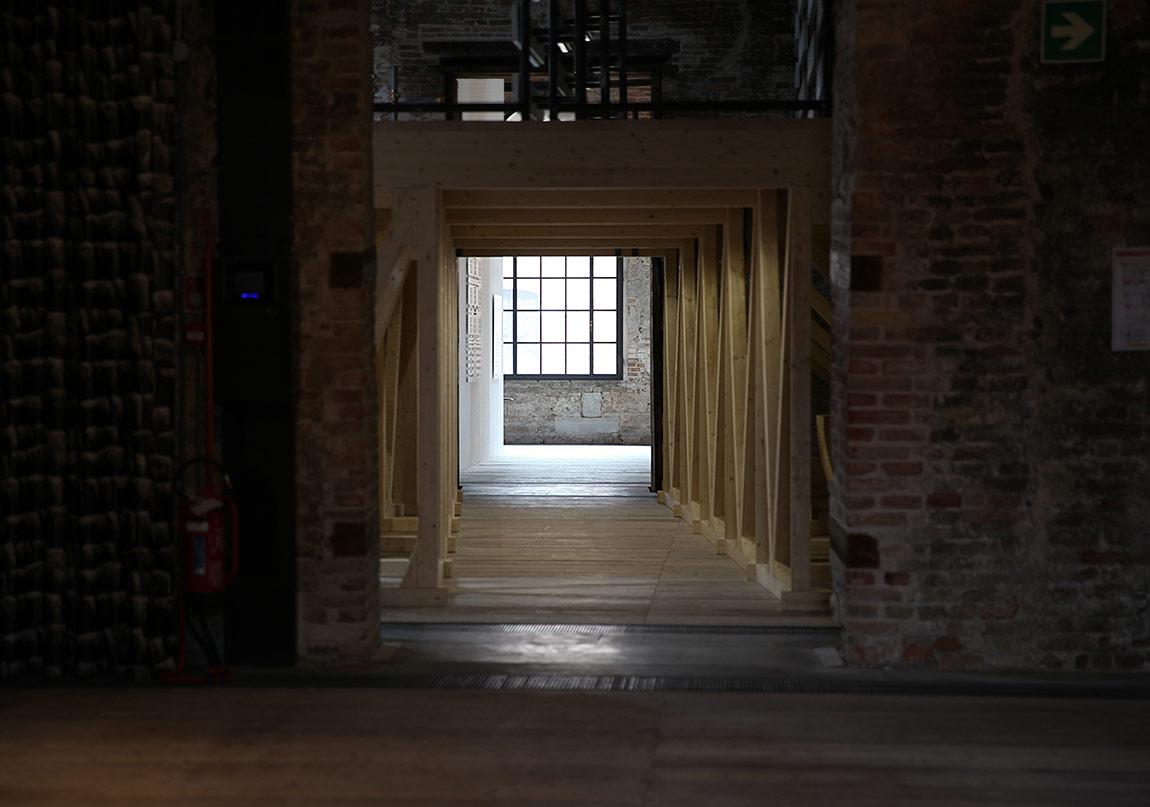 Cevdet Erek'in ÇIN Başlıklı İşi Venedik Bienali'nde Tanıtıldı