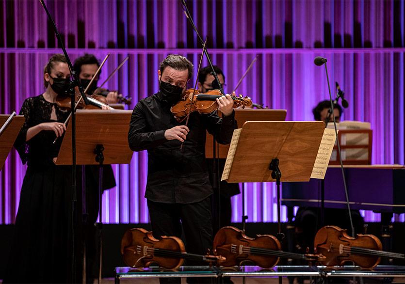 """Vivaldi'nin """"Dört Mevsim""""ine Dört Keman"""