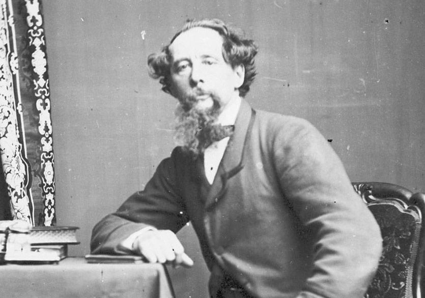 Charles Dickens'ın Kayıp Portresi 130 Yıl Sonra Evine Dönüyor
