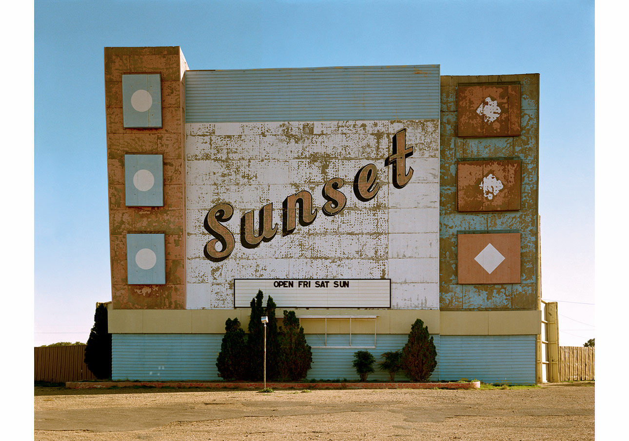 West Ninth Avenue, Amarillo, Texas, October 2, 1974, from the Uncommon Places series. Courtesy of the artist and 303 Gallery, New York